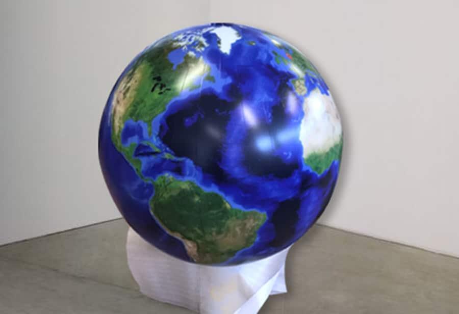 Großformatdruck Globus Druck Selbstklebefolie Beleuchtet 01